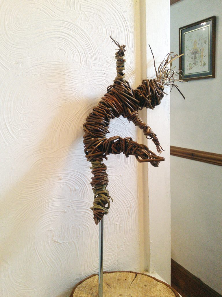 Willow dance sculture by Jacqueline Rolls