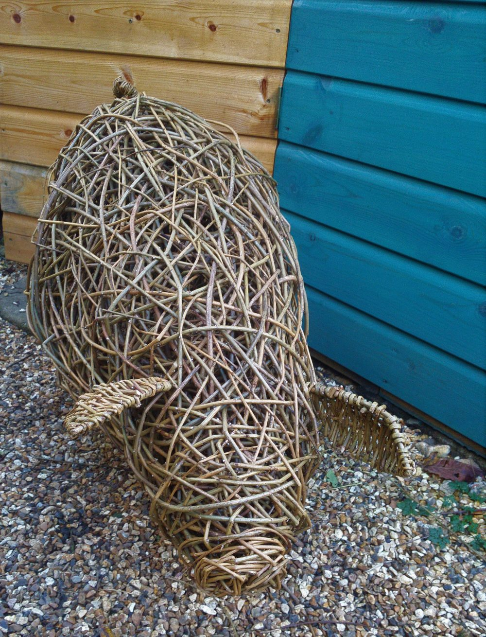 pig willow sculpture